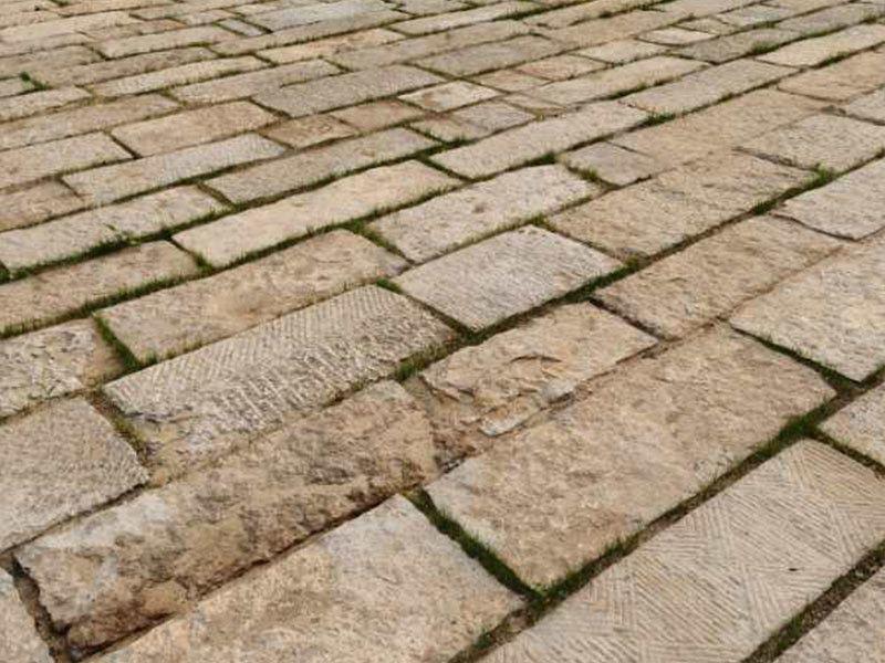 点击查看详细信息<br>标题:旧石材 阅读次数:1498